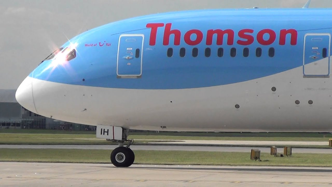 Thomson - Boeing 787 Dreamliner take-off at Manchester - YouTube