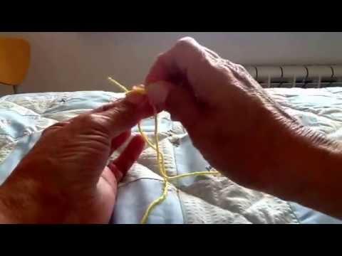 Unire i fili della maglia in modo invisibile presenta for Nodo invisibile per unire due fili di lana
