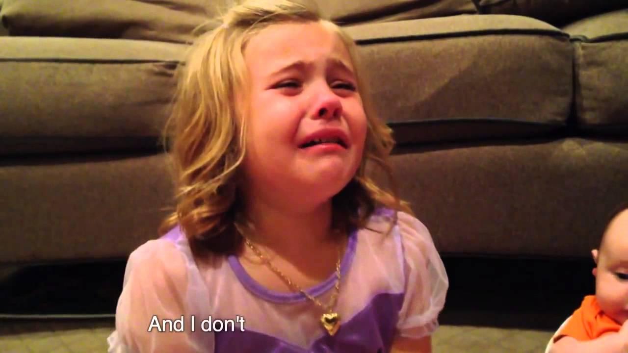 Девочка трахается во все щели смотреть видео фото 395-881