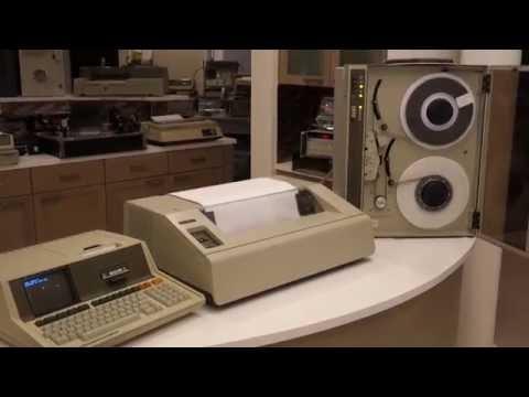 ASCII Art Demo With Vintage HP 85 Computer, HP 7970E 9-track Tape And HP 2631G Dot Matrix Printer