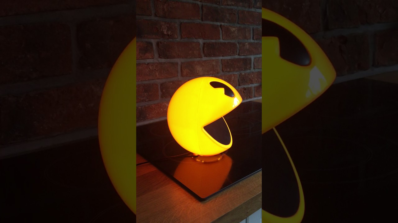 Pac Man Lamp With Remote Control And Sound