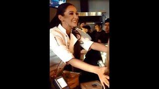 Ольга Бузова бесплатно угощала посетителей своего ресторана ))