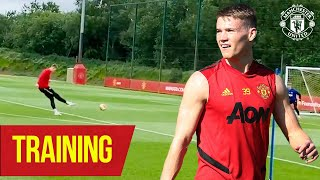 Training | McTominay brings some added flair to the session 👌 | Manchester United