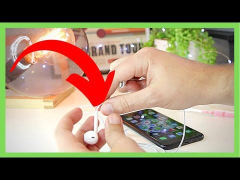 iPhone Headphones No longer Working! 🔥[5 FIXES & TIPS!] thumbnail