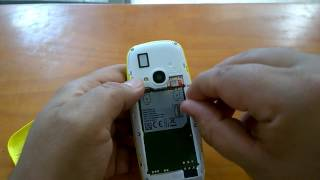 Nokia 3310 (2017): How to open Cover, Insert SIM / SD Card, Lock / unlock