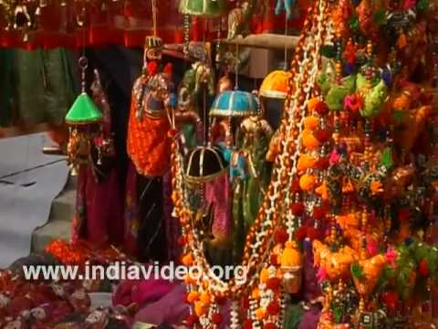 Dilli Haat - The Shoppers' Paradise