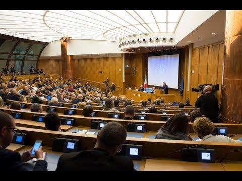 Conferenza stampa di fine anno del Presidente Gentiloni