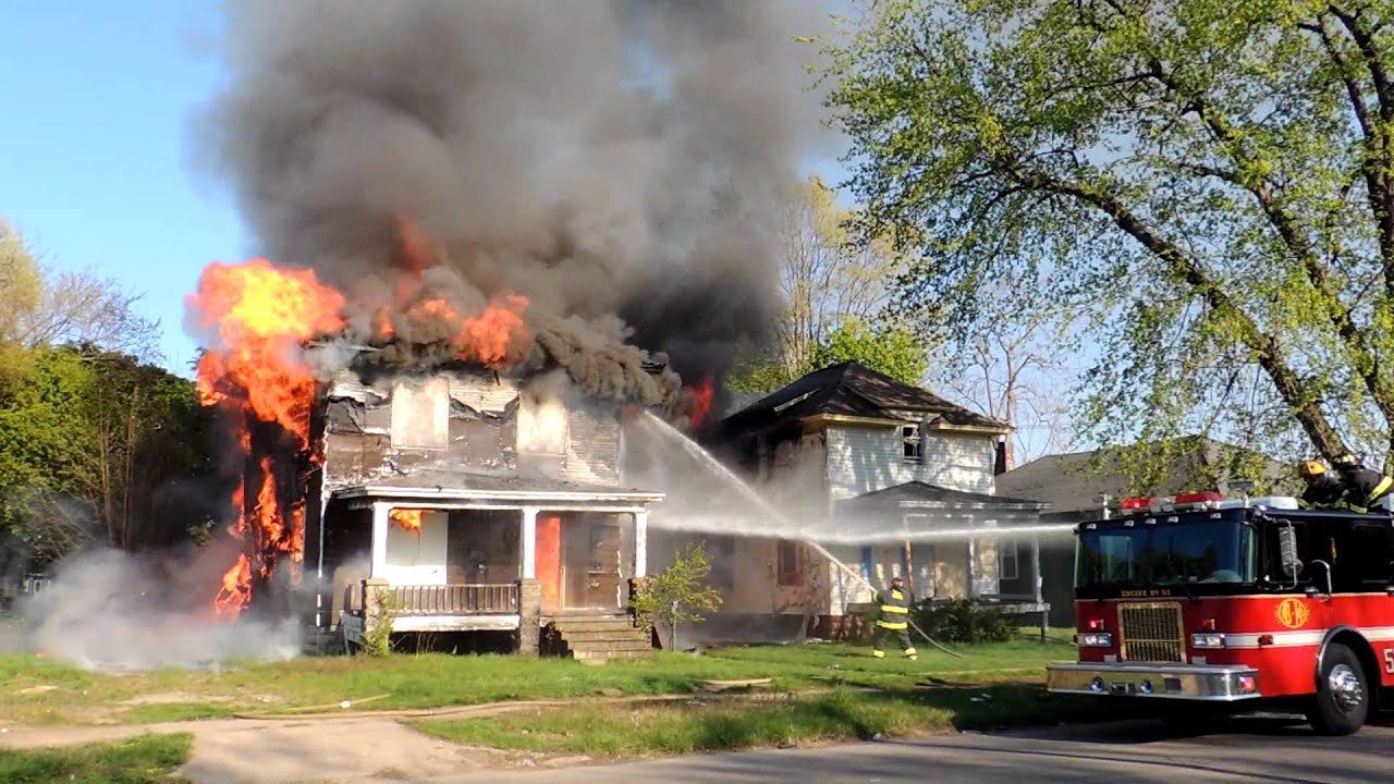 An Abandoned Home Fire Amp Collapse 800 Block Of Pavone