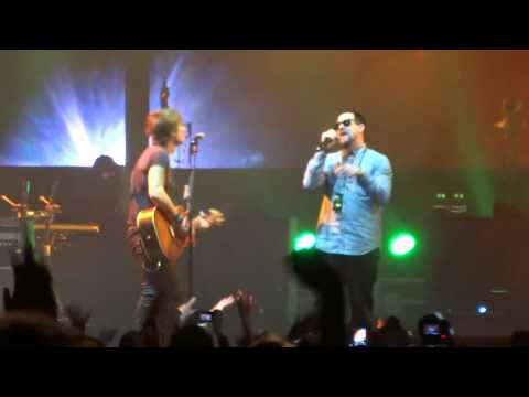 Keith Urban with Joel Madden - Wonderwall (cover) Light The Fuse World Tour Sydney 21/06/14