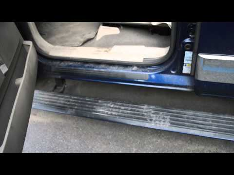 How to fix Lincoln Navigator running boards