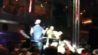 Girlfight @ Europalace 11.12.09 Soulja Boy LIVE