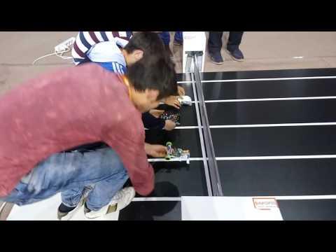 10. Uluslararası Robot Yarışması Hızlı çizgi izleyen FİNAL