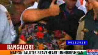 India pays tribute to its heroes (Army Bigul)