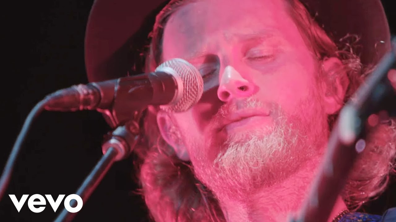 Download The Lumineers - Angela (Live Tour Video)