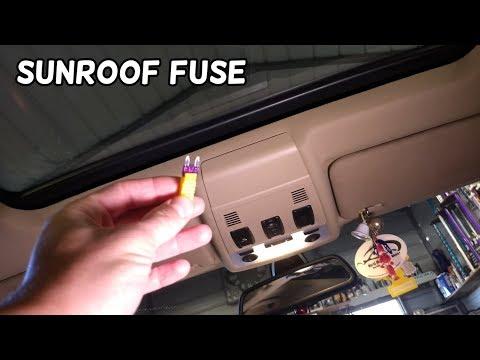 SUNROOF FUSE LOCATION BMW E90 E91 E92 E93. Sun roof fuse. - YouTubeYouTube