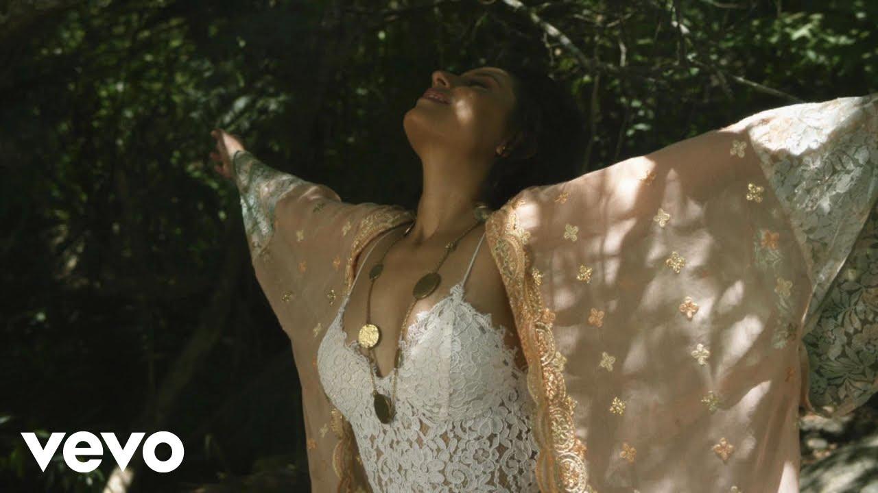Mayra Gonzales - Vagante