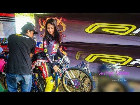 Cantik Mempesona!! Wiwi Mungil Joki Drag BIke Kawahara Rider Racing Pells