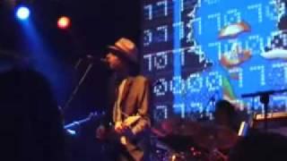 PET: Cloud Nine (Live in London 2006)