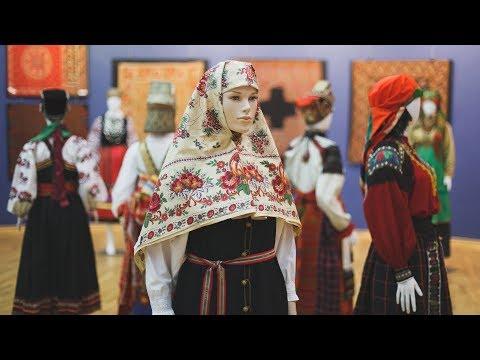 Дорого - богато. Выставка старинных костюмов открылась в Ханты-Мансийске