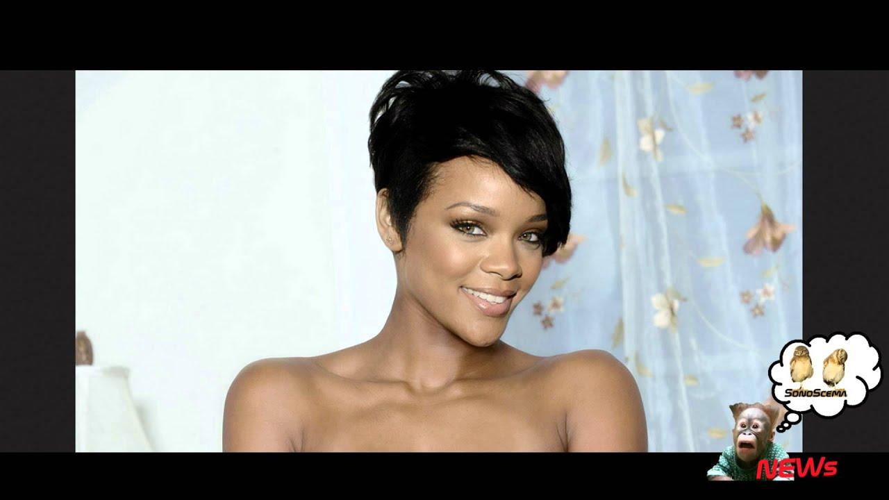 Rihanna In Vasca Da Bagno.Rihanna Completamente Nuda Su Twitter Instagram Le Cancella Le Foto