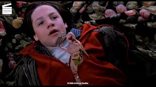 Small Soldiers: Alan rescues Christy HD CLIP