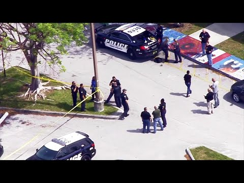 Student stabbed in leg at Coral Springs High School