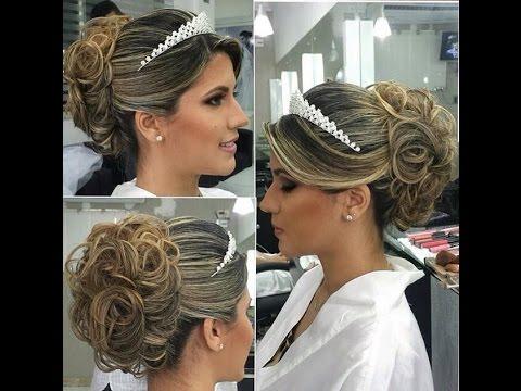 Penteados para noivas com tiara de princesa
