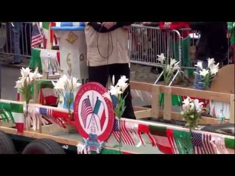 Giglio Society of East Harlem Marches in the 2014 Columbus Day Parade