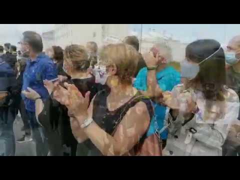 Miles de personas marchan en Xove contra los despidos en Alcoa