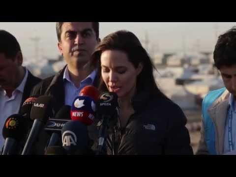 Angelina Jolie Visits Iraqi refugees with UNHCR