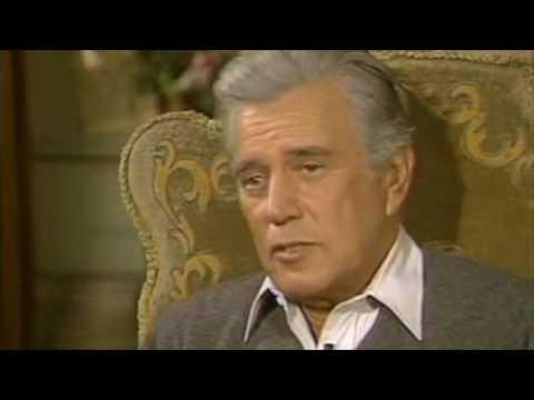 John Forsythe on the set of Dynasty