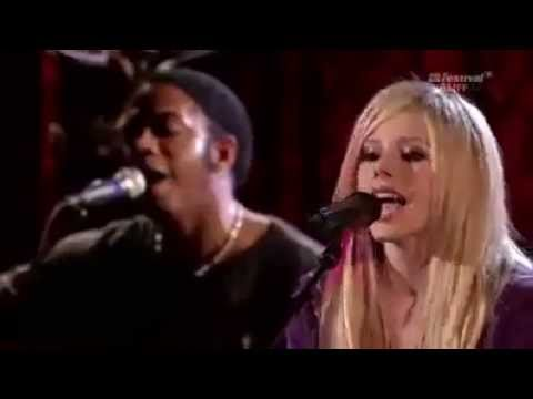 Avril Lavigne - Pulang Di Hari Raya