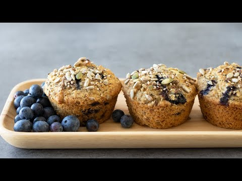 Healthy Blueberry Oatmeal Muffins (No White Flour & Refined Sugar)