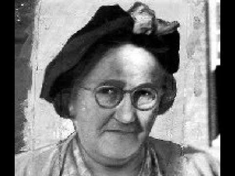 Download Caroline Grills - Aunt Thally - Serial Killer