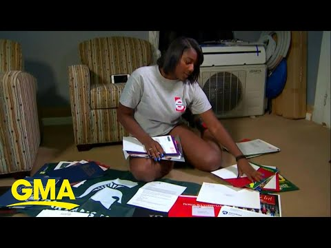 Donnie McClurkin - WATCH! This Georgia teen was accepted to over 50 colleges