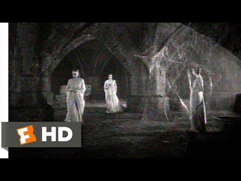 Dracula (2/10) Movie CLIP - Dracula's Wives Awaken (1931) HD