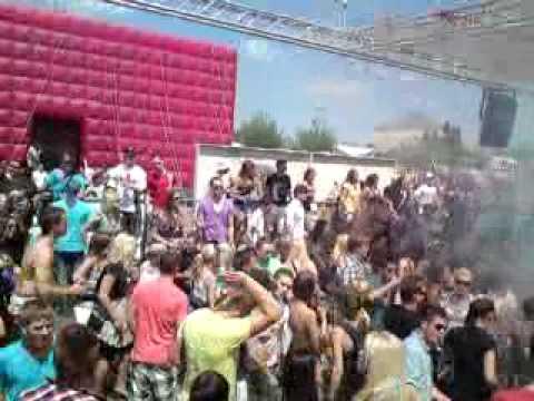 RUHR IN LOVE 2010 hexenhouse1
