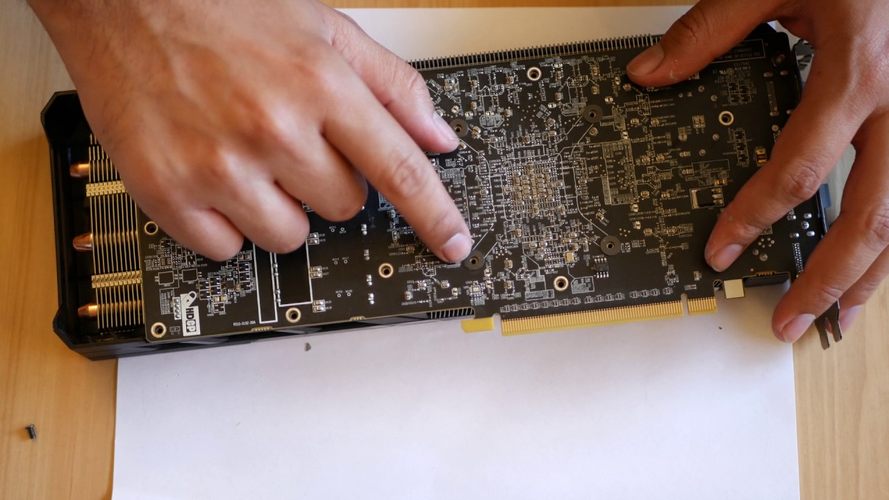 Replacing thermal paste in a Sapphire Nitro R9 390 ( AMD R9 390)