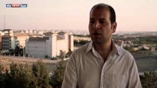 """""""غاندي الصغير"""" قصة الثورة في سوريا"""
