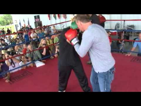 InThisCornerTV.com Brings You More from the International Boxing Hall of Fame