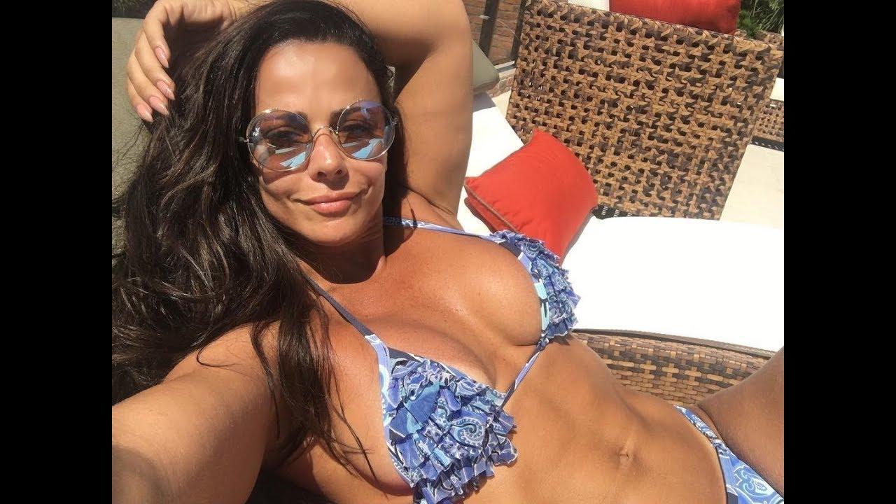Viviane Araujo Nude Photos 16