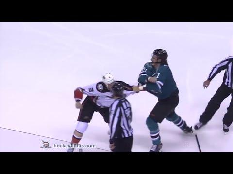 Clayton Stoner vs Taylor Doherty Sep 27, 2014