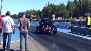 Worlds fastest bug at Gardermoen Raceway. Over 1000 hp...