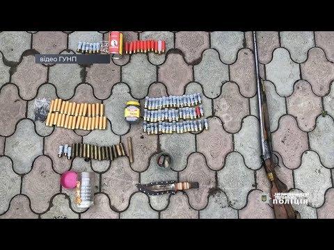 Чернівецький Промінь: На Глибоччині хулігани стріляли в автівку, коли у салоні був власник