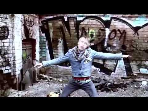 Quest Pistols - Белая стрекоза любви (видеоклип).mp4 - YouTube