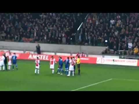 Esteban gets attacked (AFC Ajax-AZ) HD