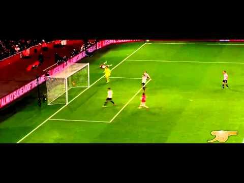 Walcott vs Tottenham