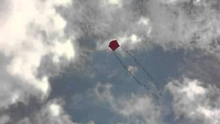 American Barn Door Kite, Red, 24 Inches, Stormy Weathers Design, Flight And Pictures