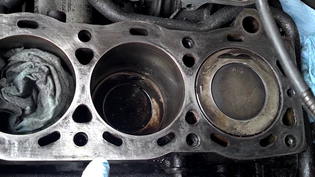 Cleaning for head gasket 22re first step