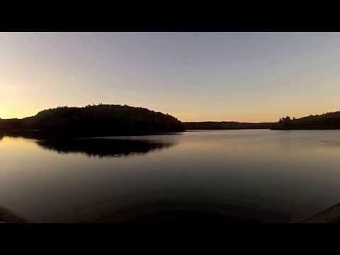 350QX in Meech Lake, Gatineau, Quebec